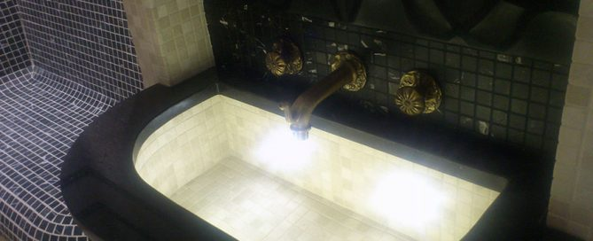 tiled-hammam-sink