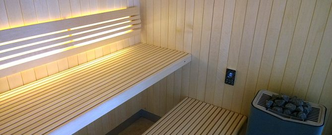 glass-front-sauna-inside